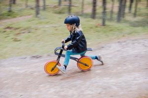 Beneficios-De-Las-Bicicletas-Sin-Pedales-Para-Niños