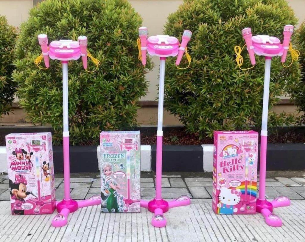 Tipos-de-micrófonos-para-niños